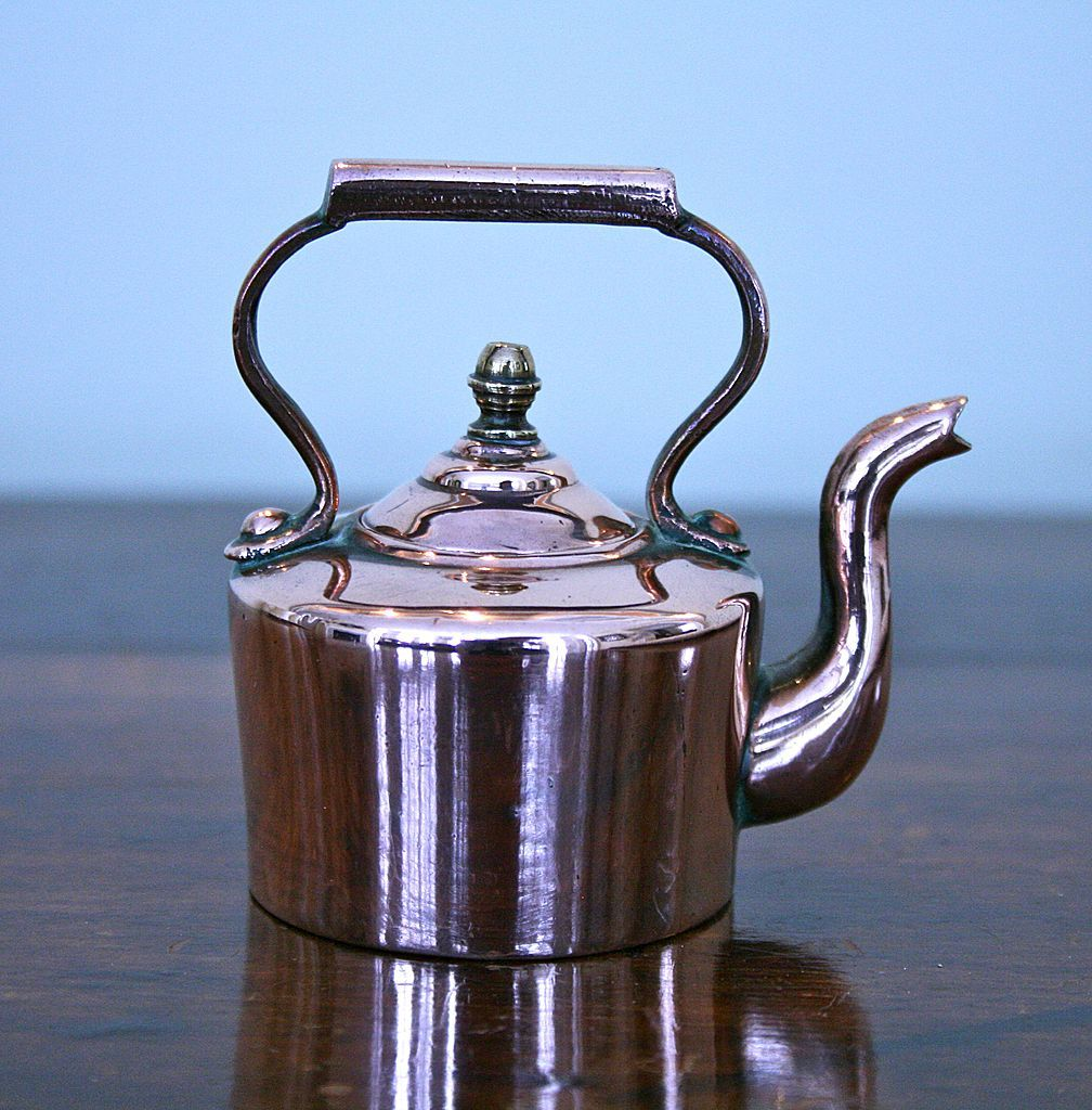 The giant kettle from Heaven!