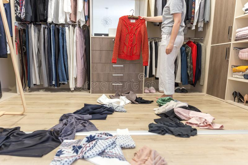 Throw away these 5 types of clothing