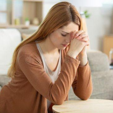 10 reasons to kneel before God